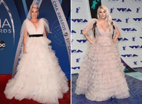 Kesha, Pink - 20-11-2017 - Chi lo indossa meglio? Nuvole di tulle e balze per Pink e Kesha