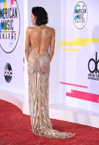 Jenna Dewan - Los Angeles - 19-11-2017 - Vestiti scomodi e dove trovarli: seguite Kim Kardashian!