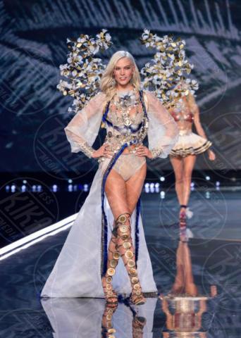 Karlie Kloss - Shanghai - 21-11-2017 - Forbes: cade l'impero di Gisele, la modella più pagata è lei!