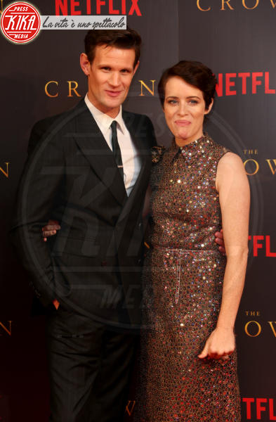 Claire Foy, Matt Smith - Londra - 21-11-2017 - The Crown 2, Claire Foy regina di paillettes