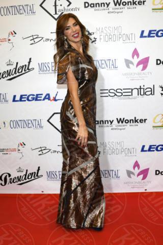 Veronica Maya - Napoli - 25-11-2017 - Miss Europe Continental 2017: il red carpet di Sara Miquel