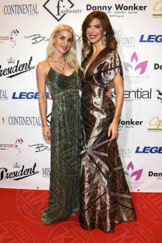 Sara Miquel, Veronica Maya - Napoli - 25-11-2017 - Miss Europe Continental 2017: il red carpet di Sara Miquel