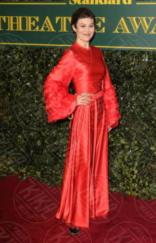 Helen McCrory - Londra - 03-12-2017 - Keira Knightley, nuvola di tulle che incorona Andrew Garfield