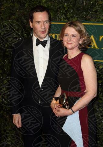George Osborne - Londra - 03-12-2017 - Keira Knightley, nuvola di tulle che incorona Andrew Garfield