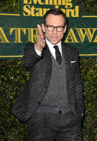 Christian Slater - Londra - 03-12-2017 - Keira Knightley, nuvola di tulle che incorona Andrew Garfield
