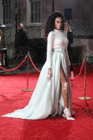 Winnie Harlow - Londra - 04-12-2017 - Selena Gomez & Co.: ai Fashion Awards trionfano bellezza e stile