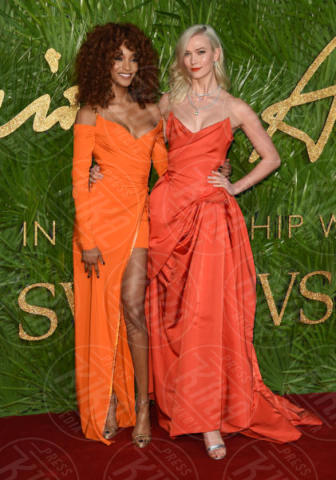 Jourdan Dunn, Karlie Kloss - Londra - 04-12-2017 - Selena Gomez & Co.: ai Fashion Awards trionfano bellezza e stile