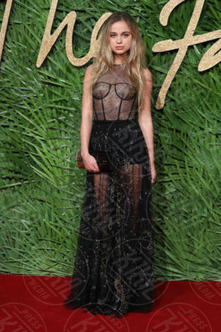 Lady Amelia Windsor - Londra - 04-12-2017 - Selena Gomez & Co.: ai Fashion Awards trionfano bellezza e stile
