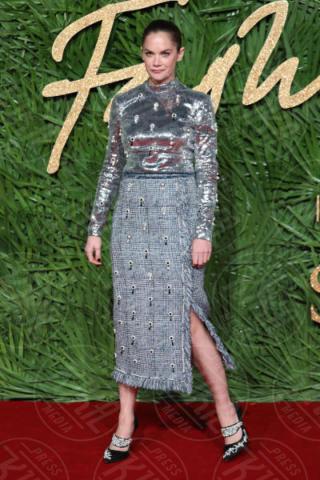 Ruth Wilson - Londra - 04-12-2017 - Selena Gomez & Co.: ai Fashion Awards trionfano bellezza e stile