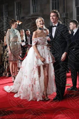 James Cook, Poppy Delevingne - Londra - 04-12-2017 - Selena Gomez & Co.: ai Fashion Awards trionfano bellezza e stile