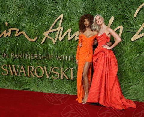Jourdan Dunn, Karlie Kloss - Londra - 04-12-2017 - Selena Gomez & Co.: ai Fashion Awards trionfano bellezza e stile