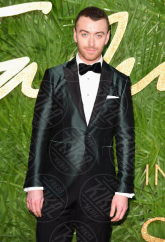 Sam Smith - Londra - 04-12-2017 - Selena Gomez & Co.: ai Fashion Awards trionfano bellezza e stile