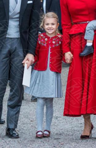 Principessa Estelle di Svezia - Stoccolma - 01-12-2017 - Victoria ed Estelle di Svezia: l'outfit è sempre coordinato!