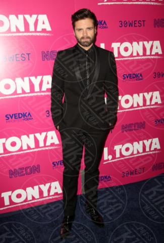 Sebastian Stan - Los Angeles - 06-12-2017 - I, Tonya: Margot Robbie in Versace al fianco di Tonya Harding