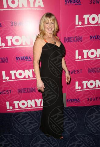 Tonya Harding - Los Angeles - 06-12-2017 - I, Tonya: Margot Robbie in Versace al fianco di Tonya Harding