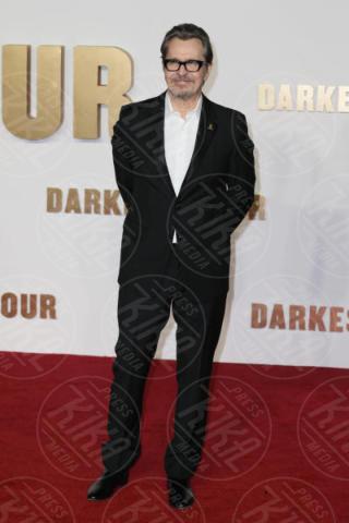 Gary Oldman - Londra - 11-12-2017 - Gary Oldman presenta L'ora più Buia: vincerà il Golden Globe?