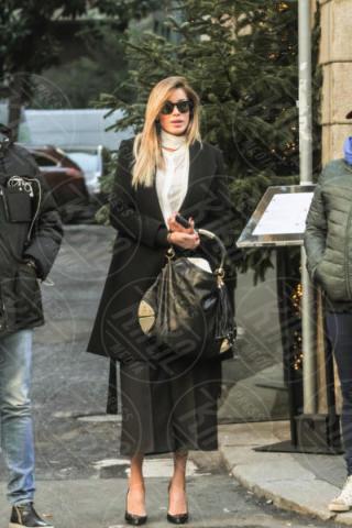 Aida Yespica - Milano - 13-12-2017 - Aida Yespica riabbraccia il figlio Aron dopo 3 mesi