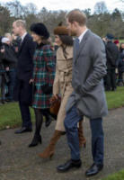 Meghan Markle, Principe William, Kate Middleton, Principe Harry - Sandringham - 25-12-2017 - Meghan e Kate, le principesse dai pois... low cost!