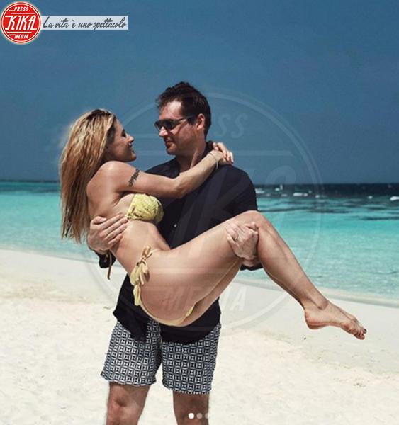 Tomaso Trussardi, Michelle Hunziker - Maldive - 28-12-2017 - Michelle Hunziker, lo stesso bikini vent'anni dopo