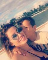 Aron Ferrari, Aida Yespica - Miami - 28-12-2017 - Il selfie bollente di Aida Yespica manda in tilt i followers
