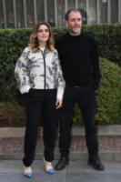 Greta Scarano, Valerio Mastandrea - Roma - 04-01-2018 - Valerio Mastandrea e Greta Scarano percorrono La linea verticale
