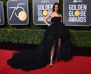 Kendall Jenner - Beverly Hills - 07-01-2018 - Jennifer Lopez e Chiara Ferragni, chi lo indossa meglio?