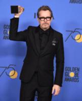 Gary Oldman - Beverly Hills - 07-01-2018 - Golden Globe 2018: trionfa Tre Manifesti a Ebbing, Missouri