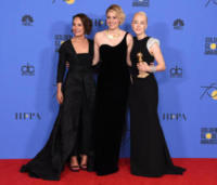Greta Gerwig, Saoirse Ronan, Laurie Metcalf - Beverly Hills - 07-01-2018 - Golden Globe 2018: trionfa Tre Manifesti a Ebbing, Missouri