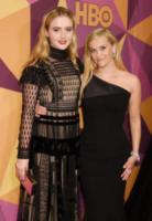 Kathryn Newton, Reese Witherspoon - Beverly Hills - 07-01-2018 - Paris Hilton sfoggia l'anello di fidanzamento al party HBO