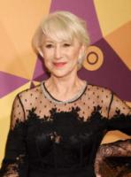 Helen Mirren - Beverly Hills - 07-01-2018 - Paris Hilton sfoggia l'anello di fidanzamento al party HBO