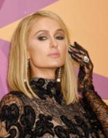 Paris Hilton - Beverly Hills - 07-01-2018 - Emily Ratajkowski mostra l'enorme anello di fidanzamento