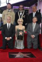 Mitch O'Farrell, Bryan Fuller, Joel McHale, Leron Gubler, Gillian Anderson - Hollywood - 08-01-2018 - Gillian Anderson, la stella di X-Files sulla Walk of Fame