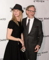 Kate Capshaw, Steven Spielberg - New York - 10-01-2018 - Shiloh, braccio al collo sul red carpet con mamma Angelina
