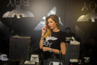 Aida Yespica - Firenze - 10-01-2018 - Aida Yespica, dalla barca di Gianluca Vacchi a Pitti Uomo