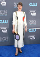 Carrie Coon - Santa Monica - 11-01-2018 - Critics' Choice Awards: sul red carpet si rivedono... i colori!