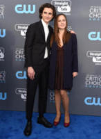 Pauline Chalamet, Timothée Chalamet - Santa Monica - 11-01-2018 - Critics' Choice Awards: sul red carpet si rivedono... i colori!