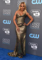 Mary J. Blige - Santa Monica - 11-01-2018 - Critics' Choice Awards: sul red carpet si rivedono... i colori!