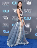 Allison Williams - Santa Monica - 11-01-2018 - Critics' Choice Awards: sul red carpet si rivedono... i colori!