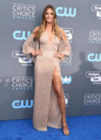 Heidi Klum - Santa Monica - 11-01-2018 - Critics' Choice Awards: sul red carpet si rivedono... i colori!