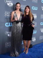 Patty Jenkins, Gal Gadot - Santa Monica - 11-01-2018 - Critics' Choice Awards: trionfa The Shape of Water