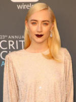 Saoirse Ronan - Los Angeles - 11-01-2018 - Critics' Choice Awards: sul red carpet si rivedono... i colori!