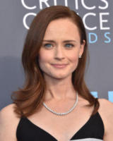 Alexis Bledel - Santa Monica - 11-01-2018 - Critics' Choice Awards: sul red carpet si rivedono... i colori!