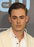 Dacre Montgomery - Los Angeles - 12-01-2018 - Critics' Choice Awards: sul red carpet si rivedono... i colori!