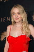 Dakota Fanning - Los Angeles - 11-01-2018 - The Alienist, la svolta no bra di Dakota Fanning alla première