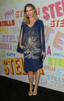 Rebecca Romijn - Pasadena - 16-01-2018 - Katy Perry, una signora in rosso al defilé di Stella McCartney