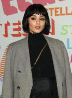 Vanessa Hudgens - Pasadena - 16-01-2018 - Katy Perry, una signora in rosso al defilé di Stella McCartney