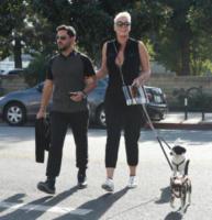 Mattia Dessi, Brigitte Nielsen - Los Angeles - 18-01-2018 - Brigitte Nielsen, 54 anni col pancione: quante mamme negli anta!