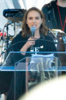 Natalie Portman - Downtown Los Angeles - 20-01-2018 - Time's Up: dal tappeto rosso alle strade d'America