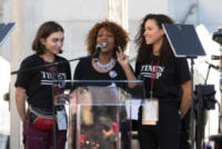 Jurnee Smollet-Bell, Alfre Woodard - Los Angeles - 20-01-2018 - Time's Up: dal tappeto rosso alle strade d'America