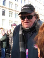 Women's March, Atmosphere, Michael Moore - New York - 20-01-2018 - Time's Up: dal tappeto rosso alle strade d'America